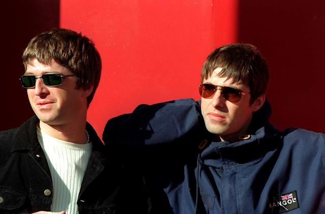 Oasis Performing At Westpoint Arena, Exeter, Britain - Sep 1997, Oasis - Liam And Noel Gallagher (Photo by Brian Rasic/Getty Images)