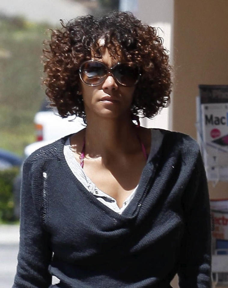 On April 28, Halle Berry debuted her latest look: a chin-length head of  two-tone curls, while o/ut with her fiance, Olivier Martinez, in Malibu.  (4/28/2012)