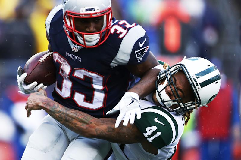 Tennessee Titans signing former Patriot Dion Lewis to pair with Derrick Henry