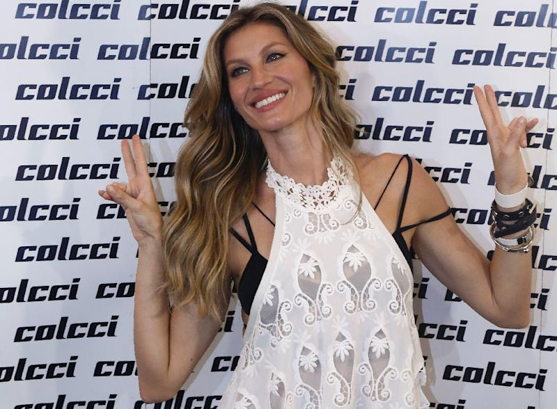 Gisele Bundchen's role was mired in controversy this week when her scene in the dress rehearsal appeared to show an attempted mugging (AFP Photo/Miguel Schincariol)