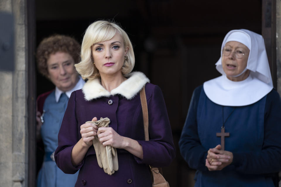 Call The Midwife - Ep1 (No. 1):  Nurse Phyllis Crane (LINDA BASSETT), Nurse Trixie Franklin (HELEN GEORGE), Sister Julienne (JENNY AGUTTER)  (Nealstreet Productions/Laura Radford)