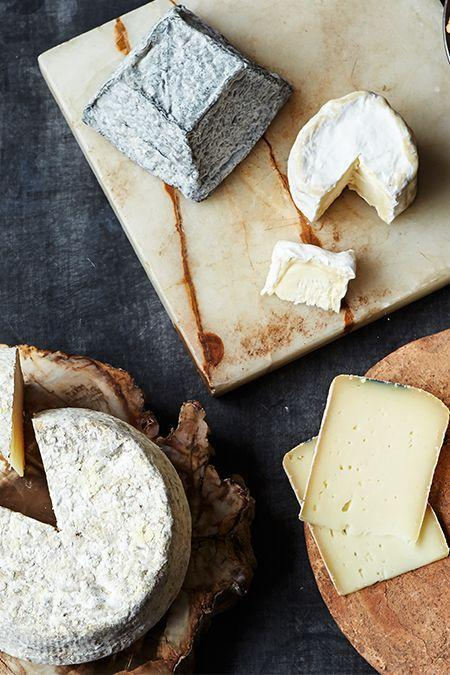 """<p><strong>Starts at $75 per month </strong></p><p>A membership to Murray's Cheese of the Month Club is the ultimate gift for that friend who also crafts the perfect cheese board. They'll receive a selection of the three to four of the most spectacular cheeses from Murray's cave each month, complete with tasting notes to guide them through. Now that's what we call a <em>cheesy</em> gift. </p><p><a class=""""link rapid-noclick-resp"""" href=""""https://go.redirectingat.com?id=74968X1596630&url=http%3A%2F%2Fwww.murrayscheese.com%2Fcheese-of-the-month&sref=https%3A%2F%2Fwww.goodhousekeeping.com%2Ffood-products%2Fg5043%2Fbest-monthly-food-subscription-boxes%2F"""" rel=""""nofollow noopener"""" target=""""_blank"""" data-ylk=""""slk:BUY NOW"""">BUY NOW</a></p>"""