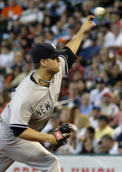 New York Yankees starting pitcher David Huff delivers a pitch against the Houston Astros during the first inning of their baseball game Sunday, Sept. 29, 2013, in Houston. (AP Photo/Richard Carson)