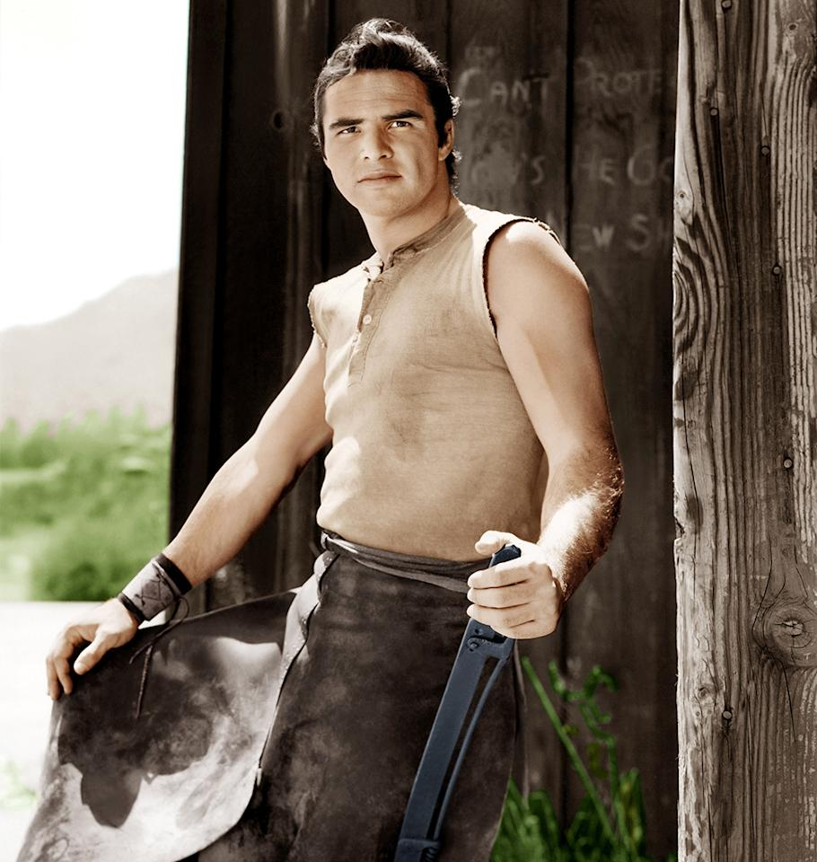 <p>Reynolds played blacksmith Quint Asper on the TV series for three years, joining the cast at age 26 in 1962. <em>Gunsmoke</em> was one of the actor's first major roles. (Photo: CBS/Courtesy of Everett) </p>