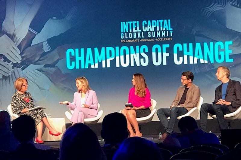 L-R: Elizabeth Broderick of Male Champions of Change Institute, Poppy Gaye and Laura Stebbing of accelerateHER, Damian Bradfield of WeTransfer, and Alan May of HP Enterprise: Intel Capital