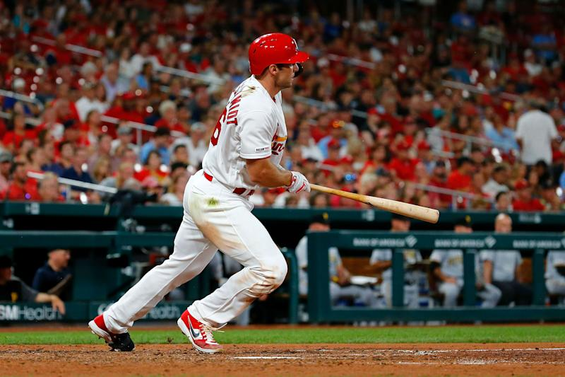 Cardinals hit four homers to topple Reds in landslide