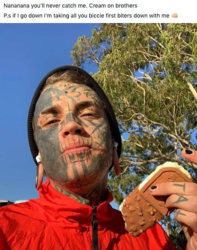 Heavily tattooed Victorian man taunts police after warrant