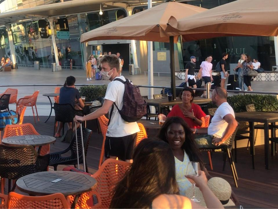 Get set? Holidaymakers at Faro airport in Portugal in the summer of 2020 (Simon Calder)