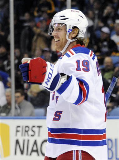 Rangers score 5 early goals in 8-4 win over Sabres