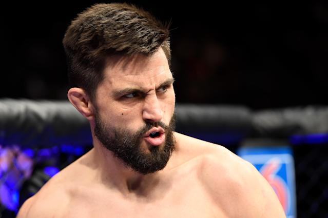 Riding a three fight losing streak, Carlos Condit hasn't had back-to-back wins since stopping Dong Hyun Kim in July 2011, and decisioning Nick Diaz in February 2012. (Getty Images)