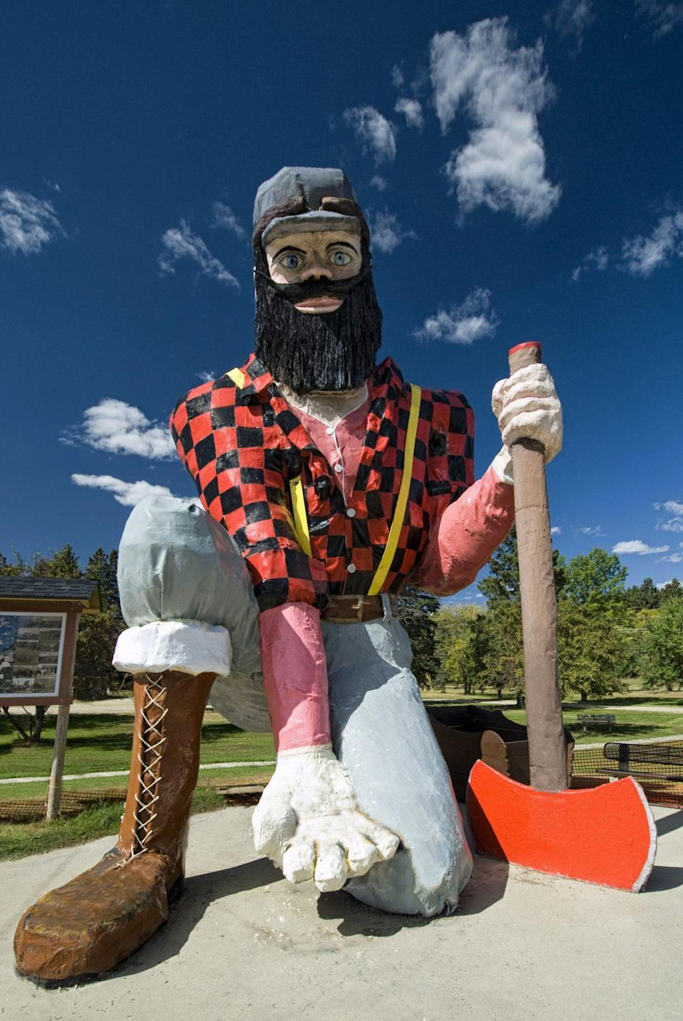 """<p>The welcoming <a href=""""https://www.roadsideamerica.com/story/2419"""" rel=""""nofollow noopener"""" target=""""_blank"""" data-ylk=""""slk:Paul Bunyan Statue"""" class=""""link rapid-noclick-resp"""">Paul Bunyan Statue</a> in Akeley, Minnesota, invites visitors to crawl into the palm of Paul's hand for a Instagram-ready photo.</p>"""