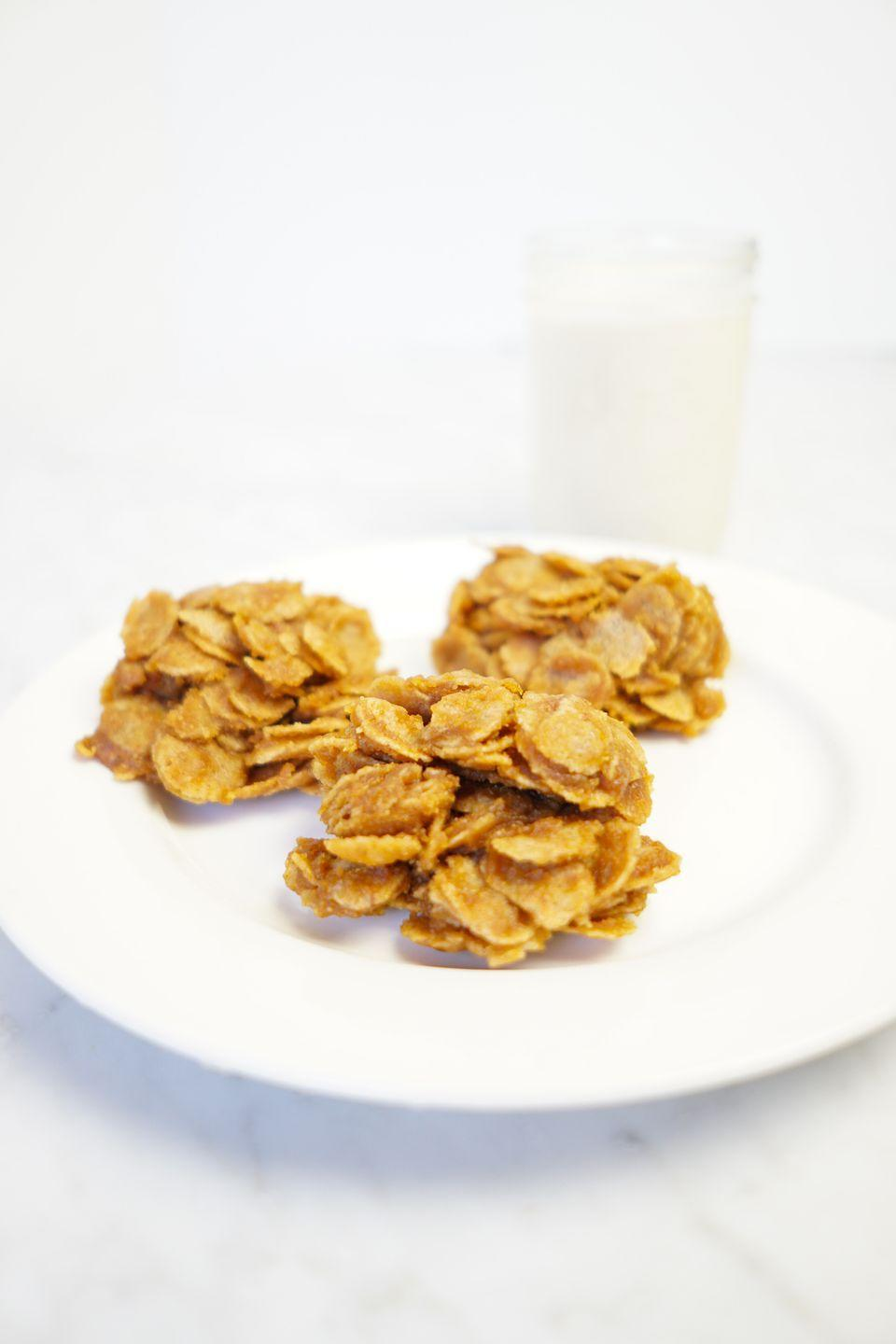 """<p>These healthy no-bake cornflake clusters have major childhood vibes and take just minutes to make. </p><p><a class=""""link rapid-noclick-resp"""" href=""""https://www.whitneyerd.com/2019/10/no-bake-pumpkin-peanut-butter-cornflake-clusters.html"""" rel=""""nofollow noopener"""" target=""""_blank"""" data-ylk=""""slk:GET THE RECIPE"""">GET THE RECIPE</a></p><p><em>Per serving: 375 calories, 20 g fat (7.5 g saturated), 43 carbs, 102 mg sodium, 24 g sugar, 3 g fiber, 8 g protein</em></p>"""
