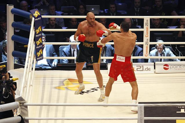 Boxing - Wladimir Klitschko v Tyson Fury WBA, IBF & WBO Heavyweight Title's - Esprit Arena, Dusseldorf, Germany - 28/11/15 Tyson Fury in action against Wladimir Klitschko during the fight Reuters / Ina Fassbender Livepic