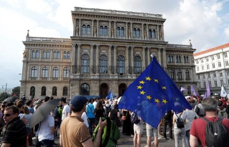Hungarians protest over government overhaul of academic bodies