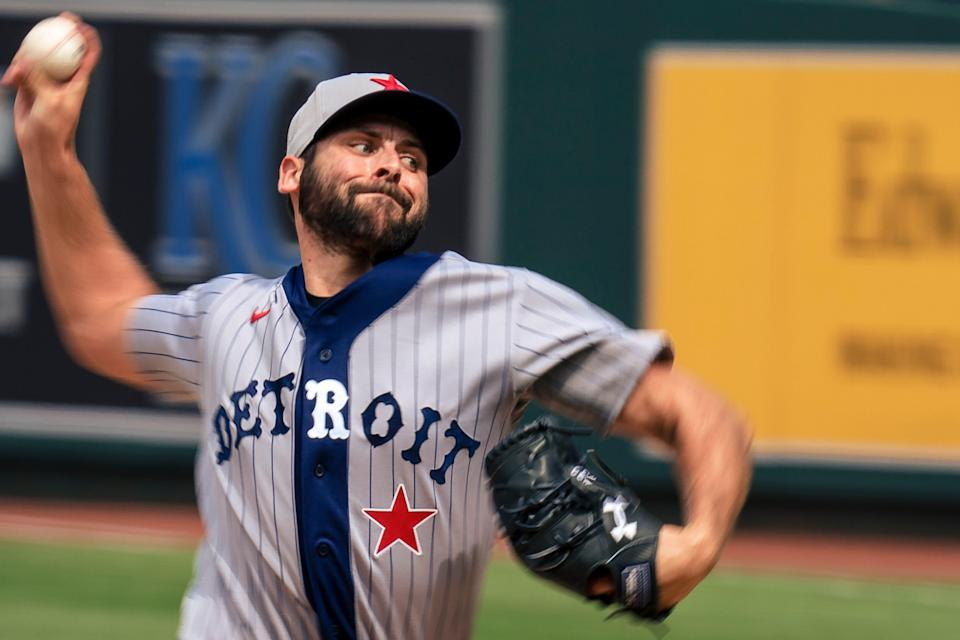 Michael Fulmer threw just six pitches against the Royals on Sunday, so, yeah, we're kinda surprised one of them was captured in a photo.