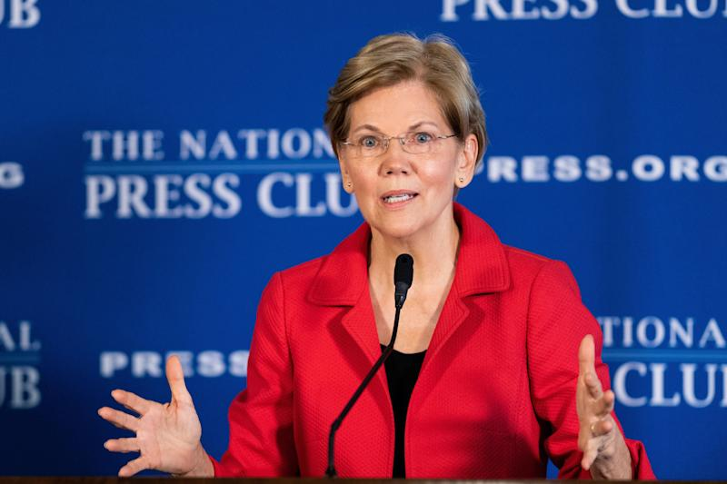 Warren unveiled an ambitious anti-corruption package even before she entered the presidential contest. (Photo: SOPA Images via Getty Images)