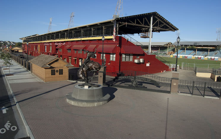 The Pendleton Round-up is almost certainly the nation's only rodeo and football dual-use facility — GreenworksPC