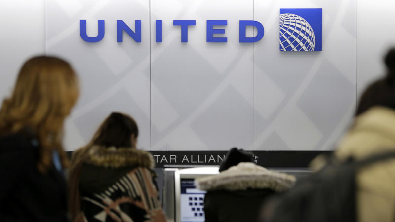 United Airlines Reaches Settlement With Passenger Violently Dragged Off Plane