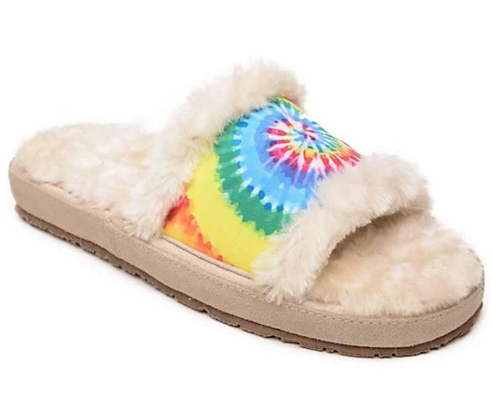 <p>Go ahead and embrace the '70s aesthetic with these <span>Minnetonka Tie-Dye Slip-On Slippers</span> ($45).</p>