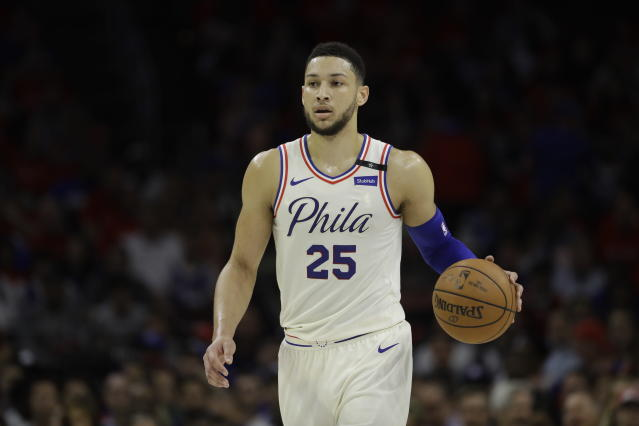 "<a class=""link rapid-noclick-resp"" href=""/nba/players/5600/"" data-ylk=""slk:Ben Simmons"">Ben Simmons</a> won the NBA's Rookie of the Year award, beating out <a class=""link rapid-noclick-resp"" href=""/nba/players/5826/"" data-ylk=""slk:Donovan Mitchell"">Donovan Mitchell</a> and <a class=""link rapid-noclick-resp"" href=""/nba/players/5765/"" data-ylk=""slk:Jayson Tatum"">Jayson Tatum</a> for the honor. (AP)"