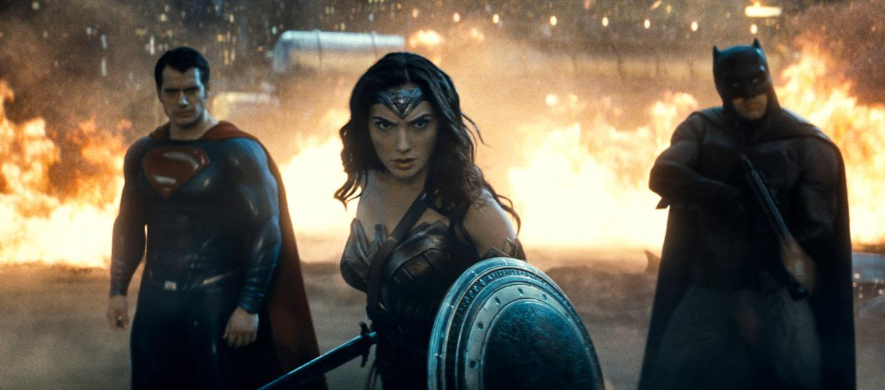 "<p>Superman and Batman's meet-cute turns ugly. But they make up just as Wonder Woman arrives and together DC's ""Trinity"" tackles the <a href=""https://www.yahoo.com/movies/decoding-the-batman-v-superman-trailer-a-primer-045228578.html"">Lex Luthor-engineered Doomsday</a>. Along the way, Batman encounters Flash (or a vision of Flash), who urges the Caped Crusader to find and unite the other known ""meta-humans,"" which also include the briefly revealed Aquaman and Cyborg.</p>"