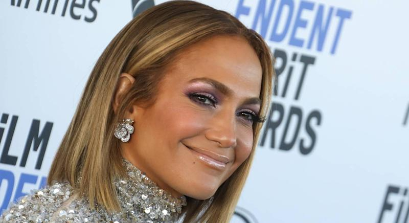 Jennifer Lopez donned a £55 swimsuit. (Getty Images)