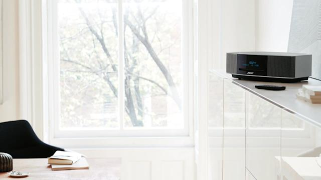 "<a href=""https://fave.co/2VEIqHn"">Bose Wave Music System IV</a> (Photo: Bose)"