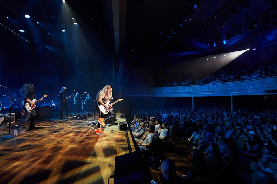 <p>Lindsay Ell joined several of the members of her touring band, on loan to Whiskey Jam in the form of The Pitch Meeting, a recently established collective of musicians devoted to enriching the purity of music in the Nashville artist community. </p>