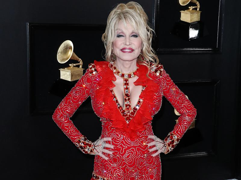 Dolly Parton auf dem roten Teppich 2019 (Bild: Xavier Collin/Image Press Agency/ImageCollect)