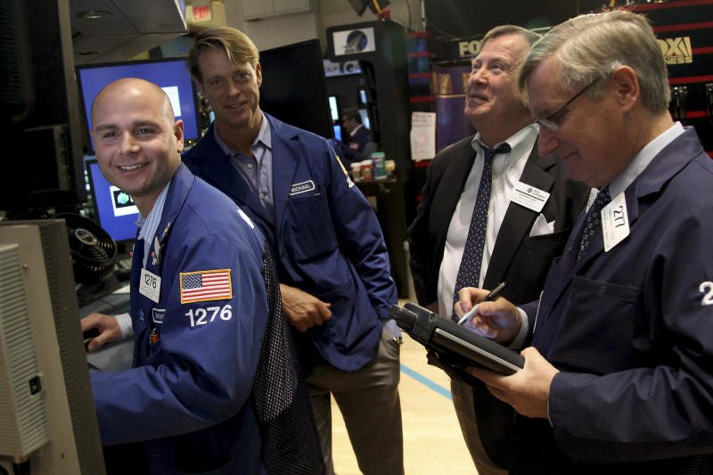 US futures mixed ahead of earnings, economic data