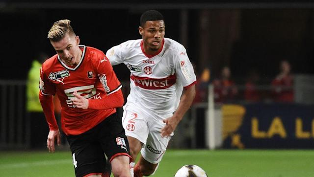 <p>West Ham manager David Moyes is taking a look at Jonjo Shelvey, Joe Allen and Leander Dendoncker. All decent players but none of them quite match up to Rennes' Benjamin Bourigeaud.</p> <br><p>The midfielder has four goals and four assists so far in Ligue 1, and could provide the goal threat that West Ham need right now.</p> <br><p>At just 23, he could bring some energy and vitality to the Hammers lethargic midfield.</p>