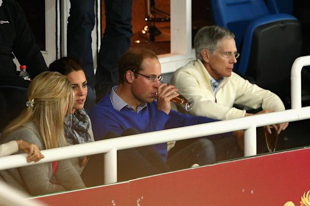 SYDNEY, AUSTRALIA - APRIL 19: Prince William, Duke of Cambridge and Catherine, Duchess of Cambridge watch the round 10 Super Rugby match between the Waratahs and the Bulls at Allianz Stadium on April 19, 2014 in Sydney, Australia. (Photo by Cameron Spencer/Getty Images)