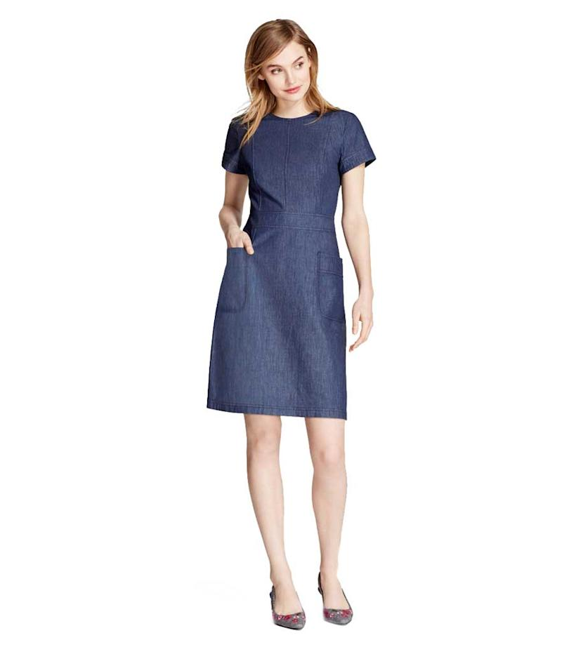 Short sleeve denim dress with pockets. (Photo: Brooks Brothers)