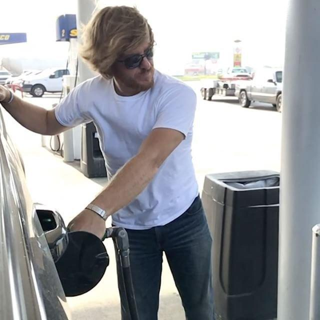 Chip Gaines Pumping Gas in Slow Mo Is Surprisingly Sexy