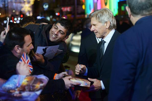 <p>Fans catch some quality time with Han Solo himself!<br /></p>