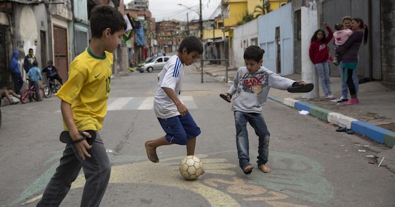 Even if Brazil wins World Cup, it loses: Bankers