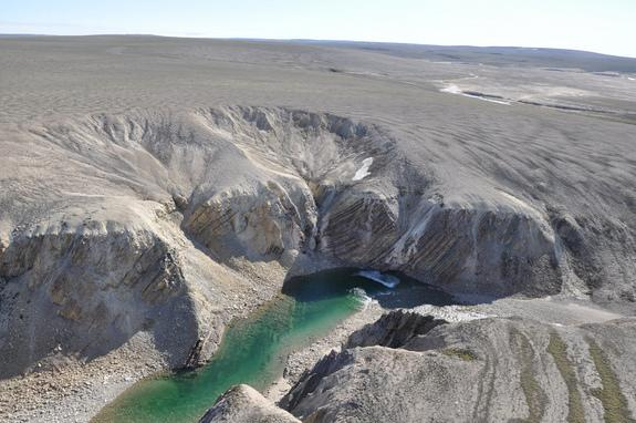 Massive Meteorite Crater Found in Canadian Arctic