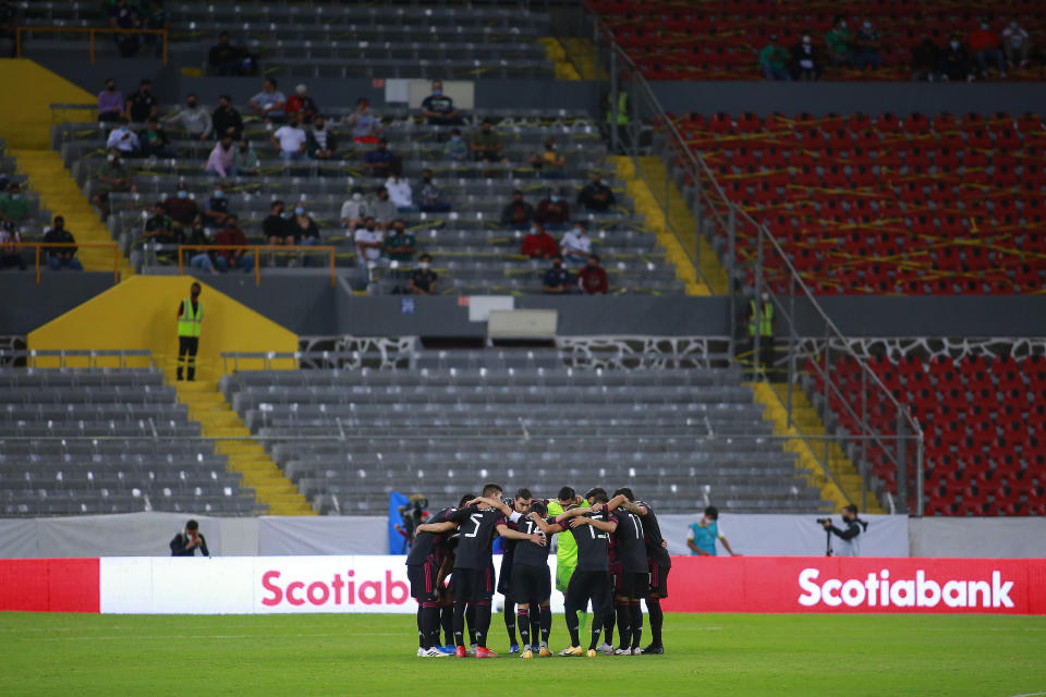 GUADALAJARA, MEXICO - MARCH 24: Players of Mexico huddle before the match between Mexico and USA as part of the 2020 Concacaf Men's Olympic Qualifying at Jalisco Stadium on March 24, 2021 in Guadalajara, Mexico. (Photo by Cesar Gomez/Jam Media/Getty Images)