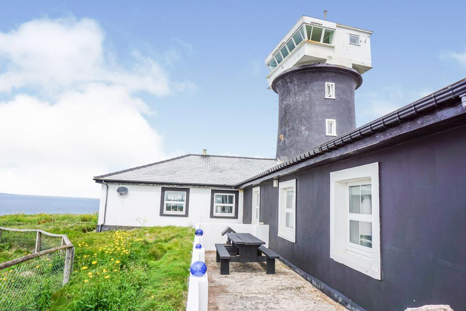 This former lighthouse could be yours for just shy of £1million. (Purple Bricks)