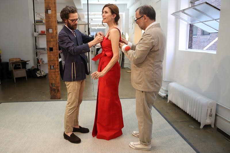 Actress Jessica Hecht's Emmy night comes down to the dress