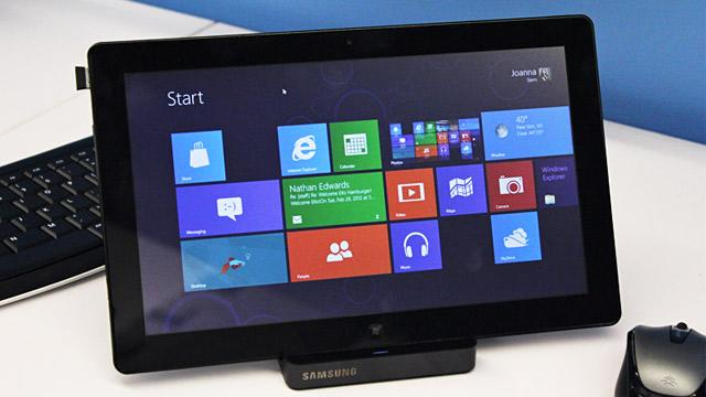 Windows 8 Consumer Preview: A First Look at Microsoft's New Operating System (ABC News)