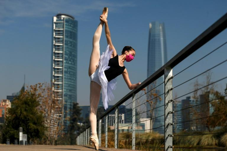 Chilean Sofia Shaw Zapata, student of the ballet school of the Municipal Theater poses in Santiago on August 4, 2020, amid the new coronavirus pandemic.2020 was going to be key for promising ballet dancer Sofia Shaw
