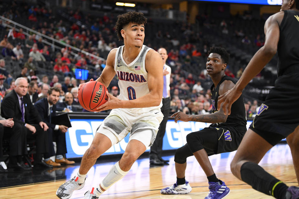 Arizona Wildcats guard Josh Green (0) drives to the basket during the Pac-12 men's basketball tournament on March 11, 2020. (Brian Rothmuller/Icon Sportswire via Getty Images)