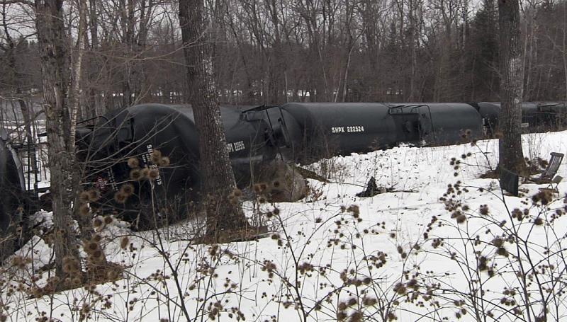 Trains carry millions of gallons of oil across ME