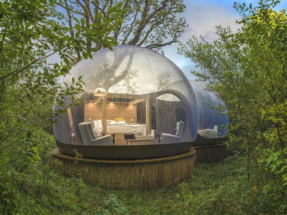 Bubble domes offer 360-degree views (Finnlough)