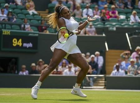 Serena battles through at Wimbledon, Halep storms back to reach semi-finals