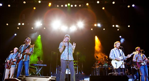 American band The Beach Boys performs in Singapore. (Photo courtesy of Lushington)