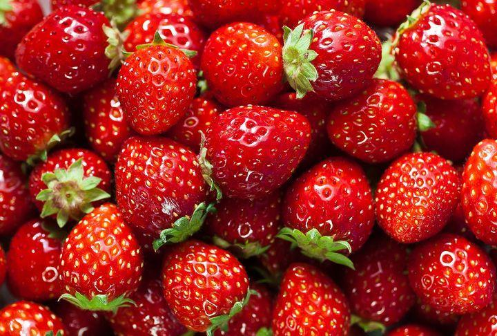 """<p><a href=""""https://www.goodhousekeeping.com/food-recipes/g1137/fresh-strawberry-recipes/"""" rel=""""nofollow noopener"""" target=""""_blank"""" data-ylk=""""slk:Strawberries"""" class=""""link rapid-noclick-resp"""">Strawberries</a> are a great source of antioxidants — especially vitamin C. Just one cup of halved strawberries packs about 150% of your daily value. The same serving also contains about 80 calories and up to 9 grams of fiber, a combo that helps you enjoy maximum flavor and fullness for a minimal number of calories. Use their sweetness to create wonderful <a href=""""https://www.goodhousekeeping.com/food-recipes/dessert/g4299/strawberry-desserts/"""" rel=""""nofollow noopener"""" target=""""_blank"""" data-ylk=""""slk:desserts"""" class=""""link rapid-noclick-resp"""">desserts</a>!</p>"""