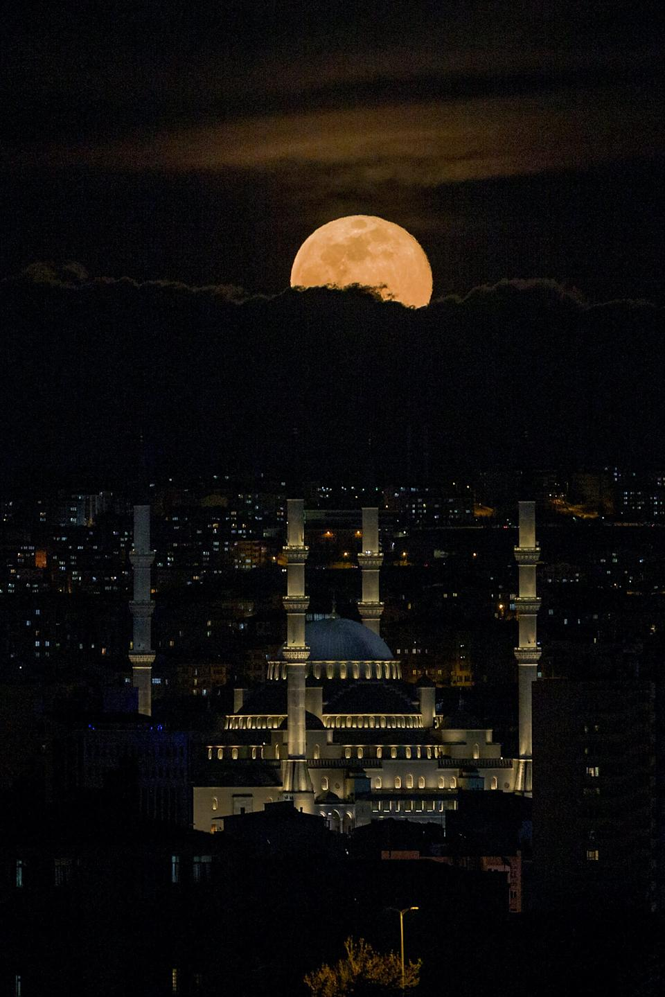 Turkey supermoon