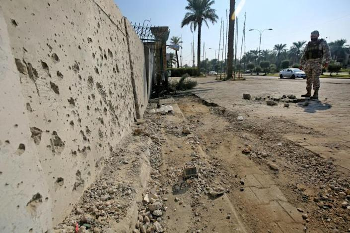 Rockets have targetted the US embassy compound and housing in Iraq